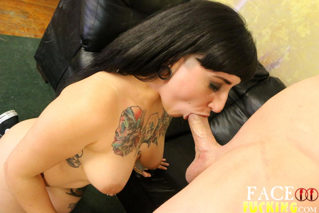 facefucking-camille-black2-05