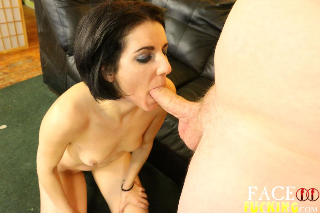 facefucking-natalie-ava-04