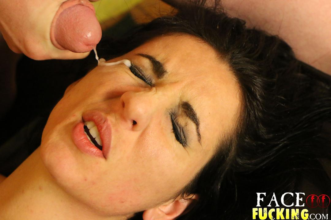 facefucking-natalie-ava-14