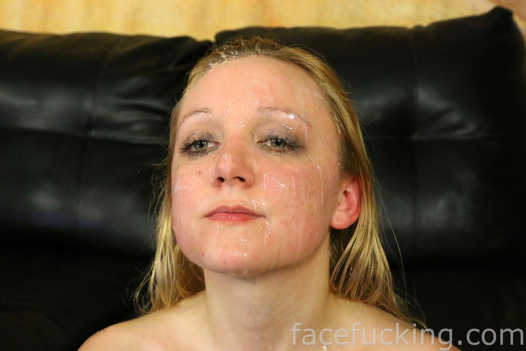 facefucking_anneliese_15