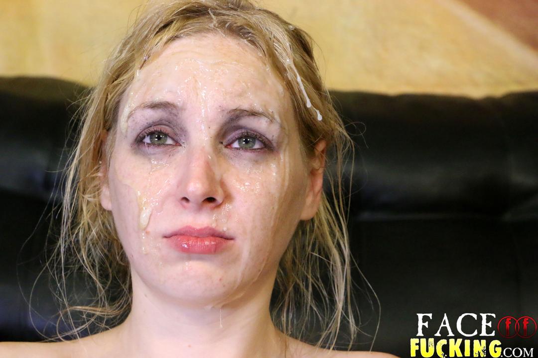 facefucking_delirious_hunter_15