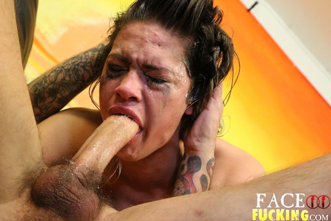 facefucking_kiki_sweets_07