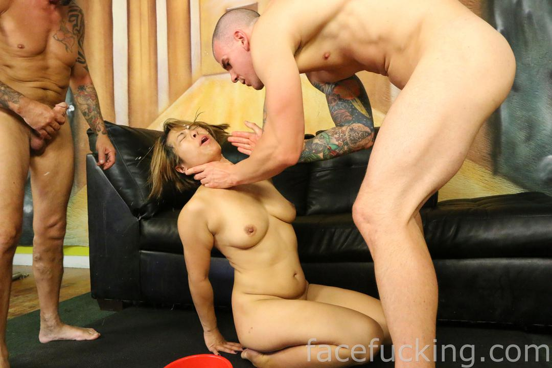 facefucking_laci_hurst_05