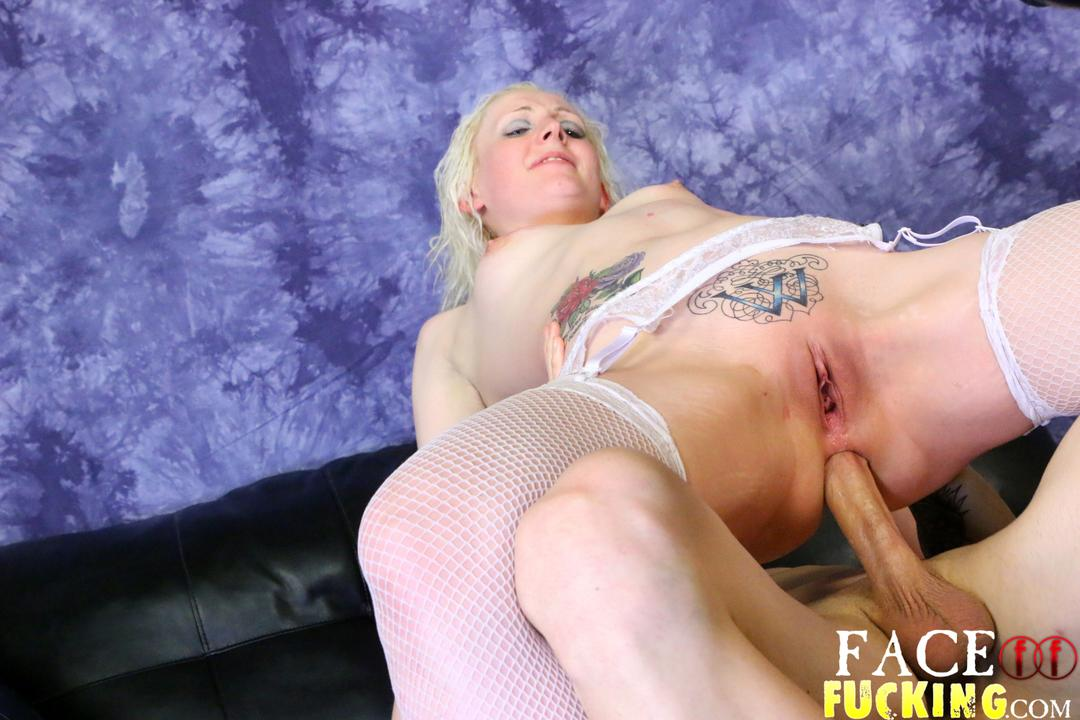 facefucking_lily_lovecraft_11