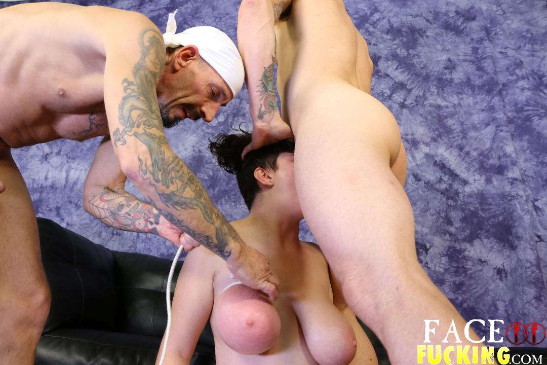 facefucking_may_west_04