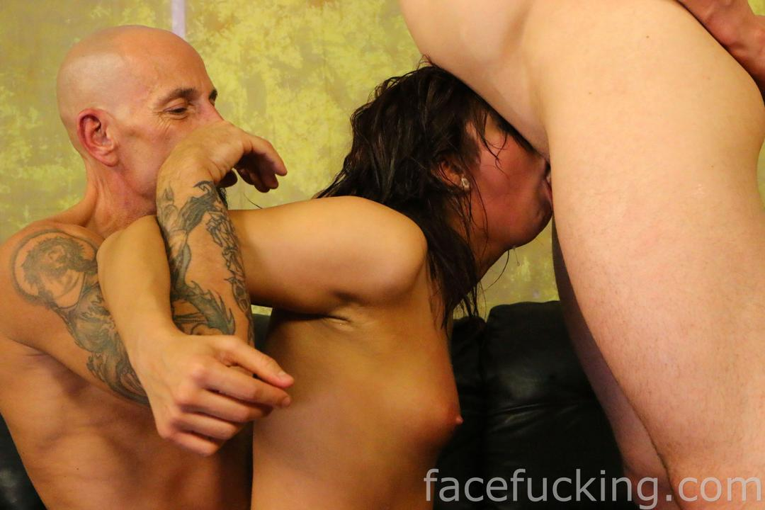 facefucking_roxy_rain_12